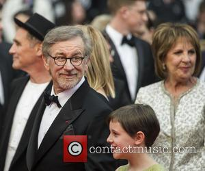 Mark Rylance, Steven Spielberg, Ruby Barnhill and Penelope Wilton