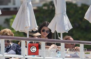 Kendall Jenner - Kendall Jenner has lunch at the Eden Roc Hotel in Cap D'Antibes - Cap D Antibes, France...