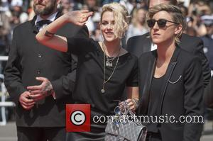 Kristen Stewart And Alicia Cargile Spark Reunion Rumours