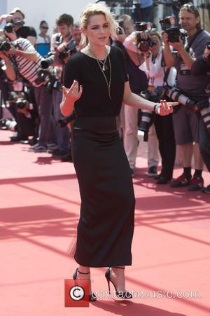 Kristen Stewart's New Film Personal Shopper Booed At Cannes