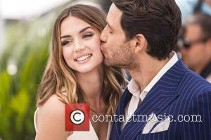 Ana De Armas and Edgar Ramirez