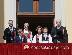 King Harald V, Queen Sonja, Crown Princess Mette- Marit, Crown Prince Haakon, Princess Ingrid Alexandra and Prince Sverre Magnus