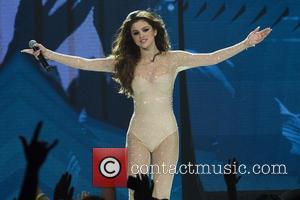 Selena Gomez Loves A Good Sweat