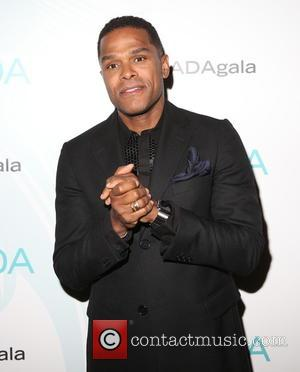 Singer Maxwell Defends 'Misconstrued' Twitter Post
