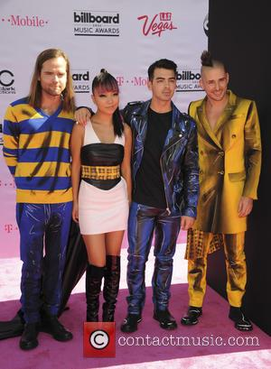 Jack Lwless, Jinjoo Lee, Joe Jonas and Cole Whittle