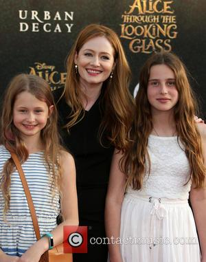 Miranda Otto and Darcey O'brien