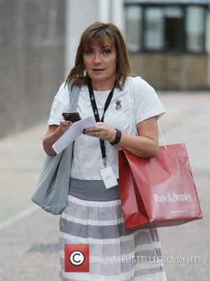 Lorraine Kelly - Lorraine Kelly outside ITV Studios - London, United Kingdom - Tuesday 24th May 2016