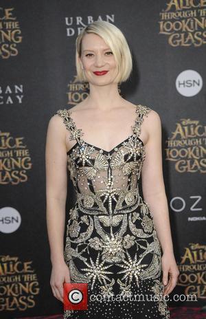 Mia Wasikowska Shuns A-list Living