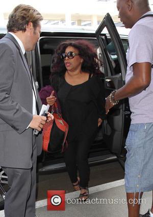 Chaka Khan - Chaka Khan arrives at Los Angeles International Airport (LAX) for a departing flight - Los Angeles, California,...
