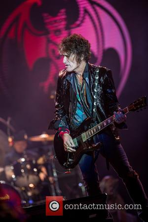 Joe Perry and Hollywood Vampires