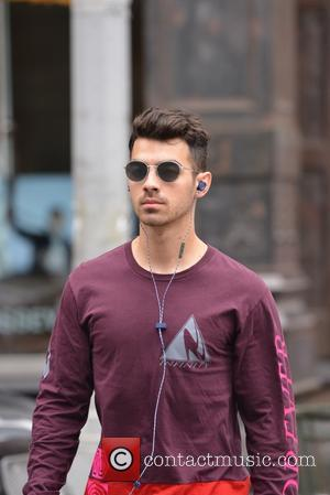 Joe Jonas - Joe Jonas out and about in Soho - Manhattan, New York, United States - Friday 3rd June...