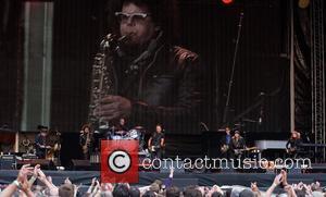 Nils Lofgren, Bruce Springsteen, Max Weinberg, Steven Van Zandt and Patti Sciafa