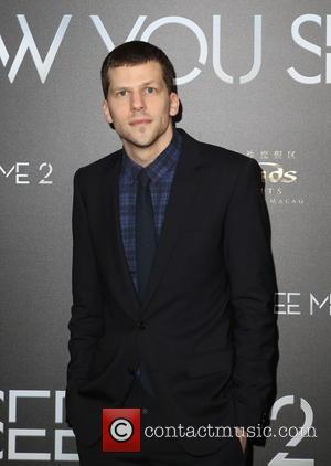Jesse Eisenberg Clueless About George Clooney Pranks