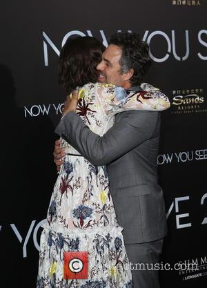 Lizzy Caplan and Mark Ruffalo