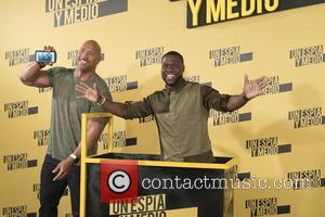 Kevin Hart , Dwayne Johnson - 'Central Intelligence' photocall at Villamagna Hotel in Madrid - Madrid, Spain - Tuesday 7th...