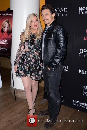 Tori Spelling and James Franco
