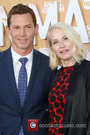Shawn Hatosy and Ellen Barkin