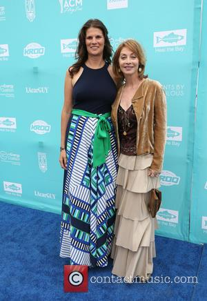 Alix Hobbs and Sharon Lawrence