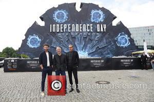 Liam Hemsworth, Jeff Goldblum and Roland Emmerich