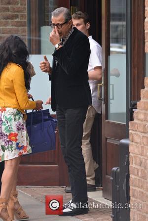 Jeff Goldblum - Jeff Goldblum returning to his hotel in Tribeca, New York - Manhattan, New York, United States -...