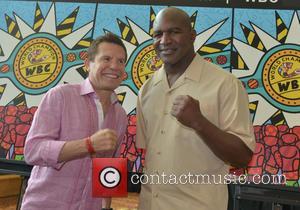 Julio César Chávez and Evander Holyfield