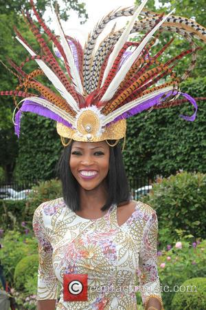 Atmosphere - The sunshines on ladies day at Royal Ascot at Royal Ascot - Ascot, United Kingdom - Thursday 16th...