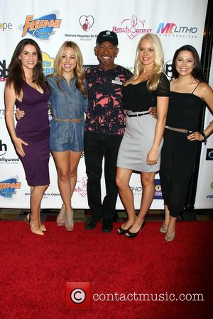 Alison Waite, Jessica Hall, Montel Williams, Stacy Fuson and Pilar Lastra