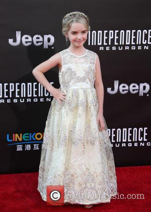 Mckenna Grace - Premiere of 20th Century Fox's 'Independence Day: Resurgence' - Arrivals at Hollywood - Los Angeles, California, United...