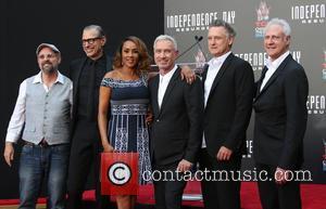 John Storey, Jeff Goldblum, Vivica A. Fox, Roland Emmerich, Bill Pullman and Brent Spiner