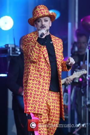 Boy George 'To Help Pay Pete Burns Funeral Costs'