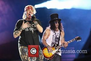 30 People Arrested At Guns N' Roses Concert