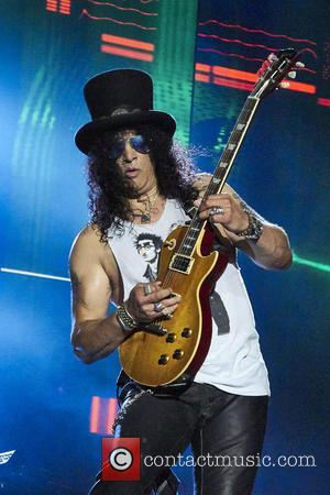 Slash To Unveil New Solo Album With Myles Kennedy