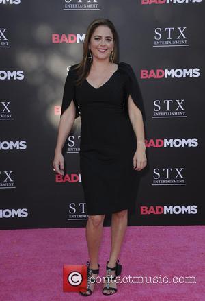 Bad Moms Stars Were All Sick On Set