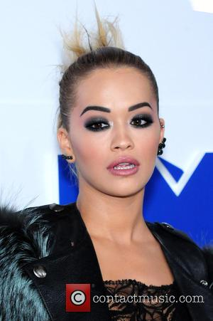 Watch Rita Ora Perform In Rome As Mother Teresa Is Made A Saint