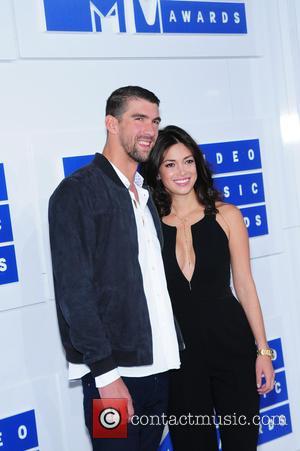 Olympics Hero Michael Phelps Wed In Secret In June - Report