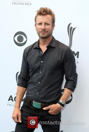 Dierks Bentley Stunned By Early Cma Awards Win