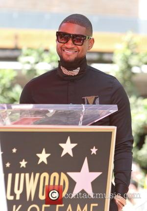 Stevie Wonder And Kelly Rowland Salute Usher At Hollywood Walk Of Fame