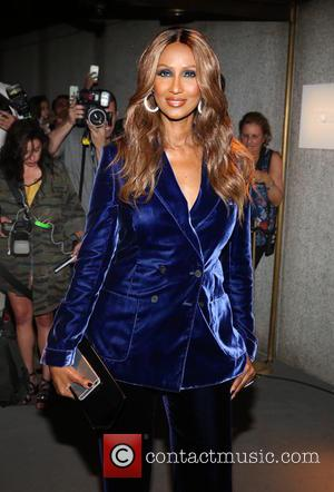 Iman Wears Gold Necklace In Memory Of David Bowie