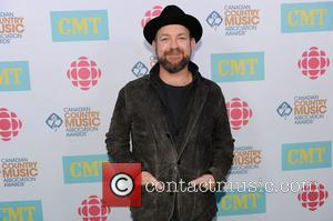 Sugarland Star Composing Music For New Country Play