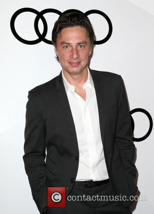 Zach Braff Faced Fan Interruptions Shooting Going In Style In New York