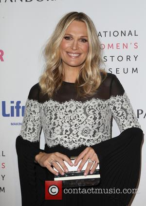 Molly Sims Battled Thyroid Issue During First Pregnancy
