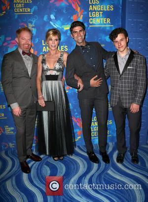 Jesse Tyler Ferguson, Justin Mikita, Julie Bowen and Nolan Gould