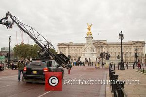 Filming scenes of 'Transformers: The Last Knight' outside of Buckingham Palace. at Buckingham Palace - London, United Kingdom - Sunday...