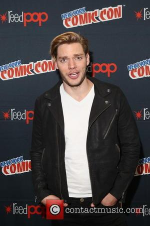 Dominic Sherwood at Comic Con