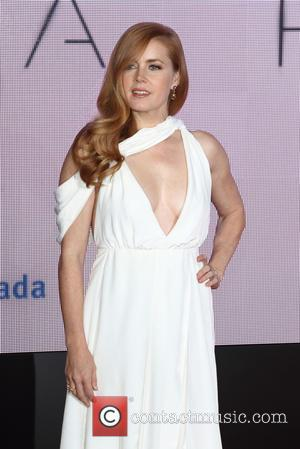 Amy Adams: 'I Believe Aliens Are Out There'
