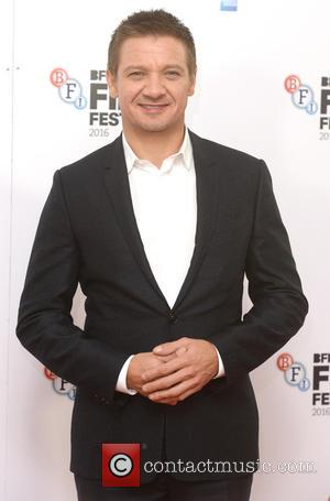 Jeremy Renner Blasts The Lack Of Quality Roles For Actresses