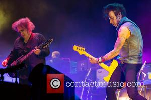 The Cure, Robert Smith and Simon Gallup