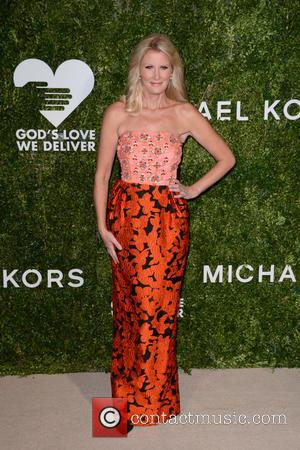 Sandra Lee arrives at the 2016 Golden Heart Awards Dinner held by the charity God's Love We Deliver held at...
