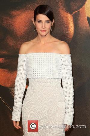 Cobie Smulders: 'Posing Topless Helped Me Accept Post-cancer Body'
