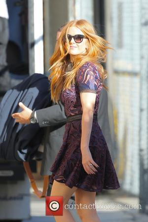 Isla Fisher seen arriving at the ABC studios for a recording of 'Jimmy Kimmel Live!'. Hollywood, Los Angeles, California, United...